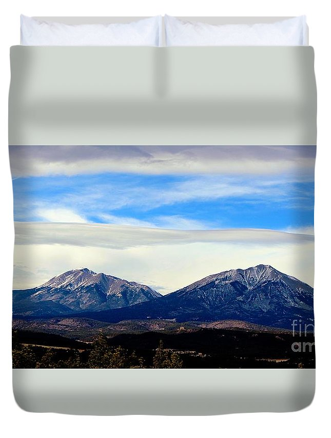 Spanish Peaks Duvet Cover featuring the photograph Spanish Peaks Magnificence by Barbara Chichester