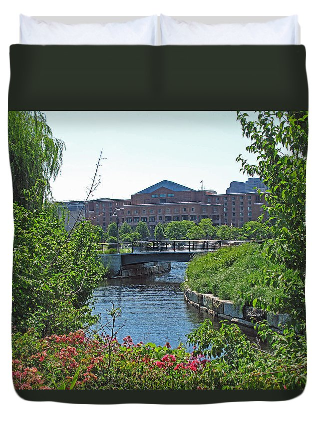Landscape Duvet Cover featuring the photograph Spaulding Rehab From North Point Park by Barbara McDevitt
