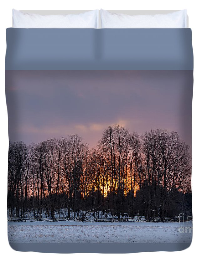 Duvet Cover featuring the photograph Spectacular Sunset by Cheryl Baxter