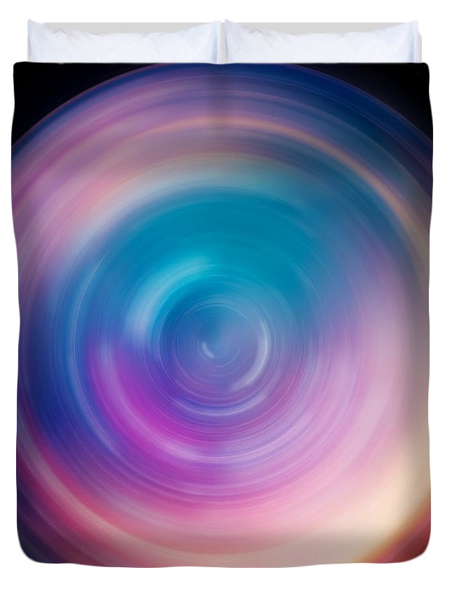 Universe Duvet Cover featuring the photograph Spin Art 1 by Jennifer Rondinelli Reilly - Fine Art Photography