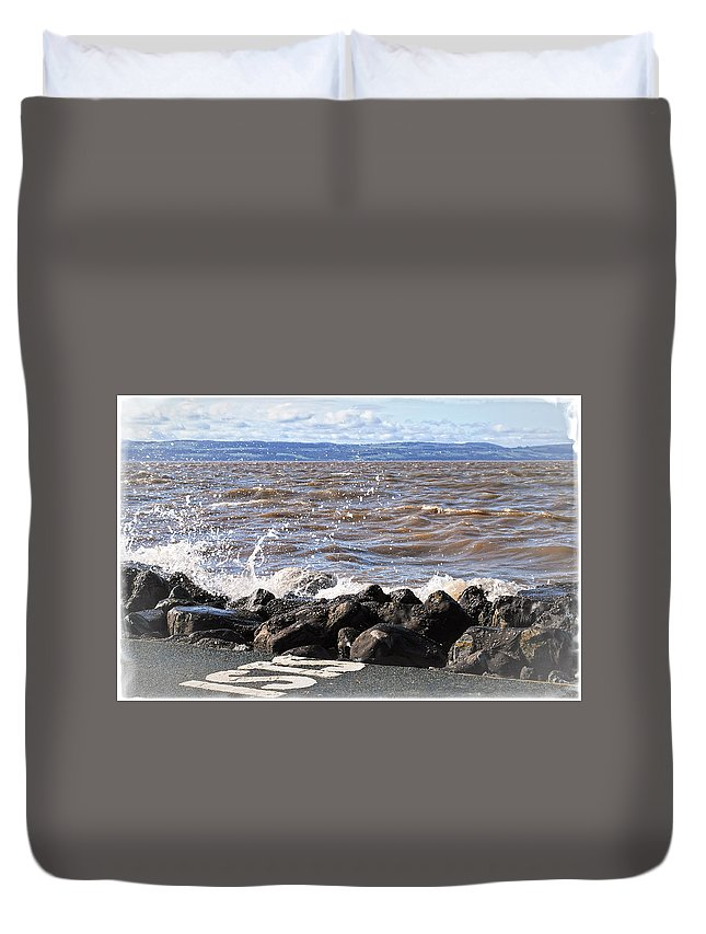 Sea Duvet Cover featuring the photograph Splash by Spikey Mouse Photography