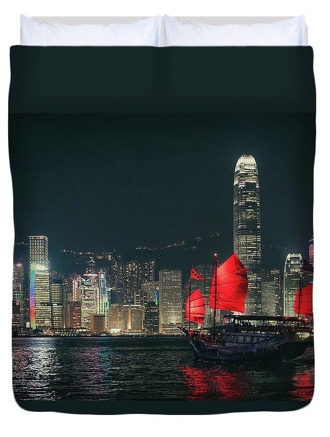 Outdoors Duvet Cover featuring the photograph Splendid Asian City, Hong Kong by D3sign