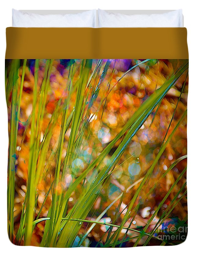 Grass Duvet Cover featuring the photograph Splendor In The Grass by Judi Bagwell