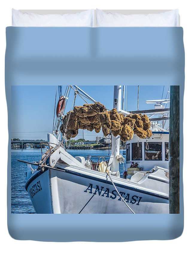 Florida Duvet Cover featuring the photograph Sponges Drying by Jane Luxton