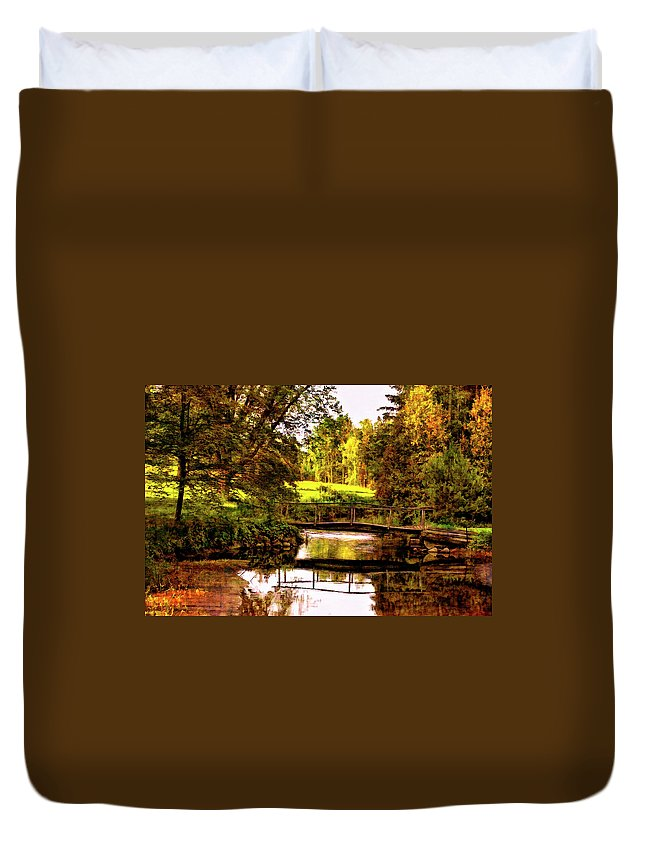 Landscape Duvet Cover featuring the photograph Spring Becomes The Summer II by Steve Harrington