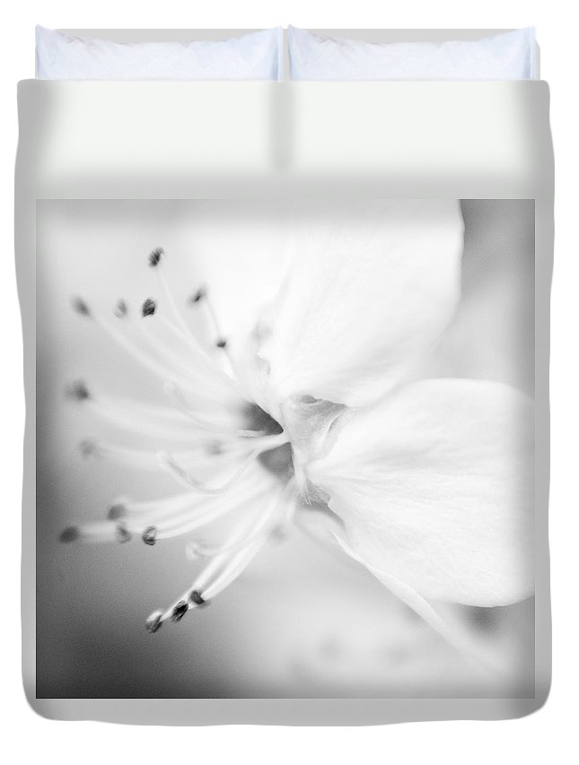B&w Duvet Cover featuring the photograph Spring Blooms 0115 by Timothy Bischoff