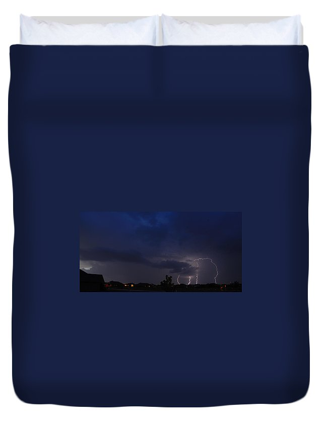 Lighteng Duvet Cover featuring the photograph Spring Storm by Charles Beeler