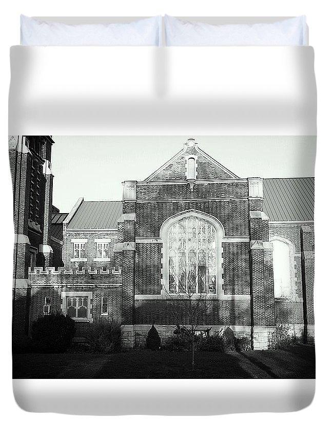 Digital Photos Duvet Cover featuring the photograph St. Giles Church by Pamela Blayney