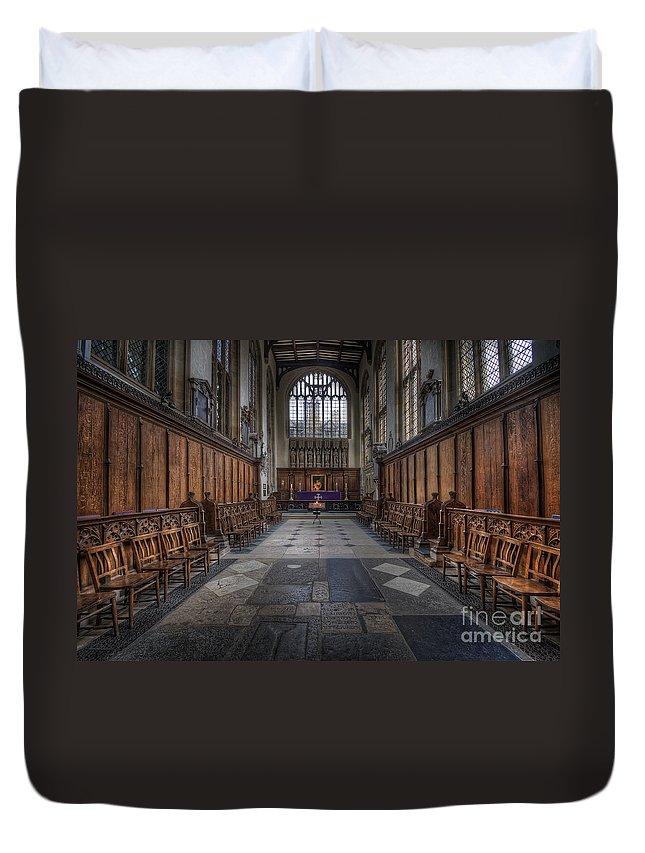 Oxford Duvet Cover featuring the photograph St Mary The Virgin Church - Choir And Altar by Yhun Suarez