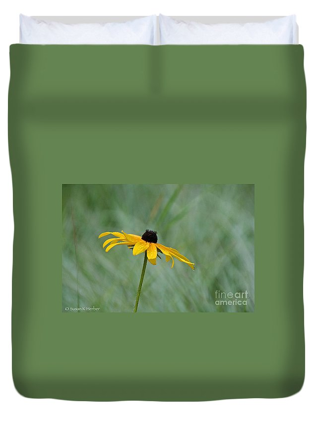 Flower Duvet Cover featuring the photograph Stand Alone by Susan Herber