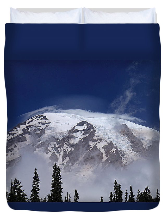 Clouds Duvet Cover featuring the photograph Standing Tall by E Faithe Lester