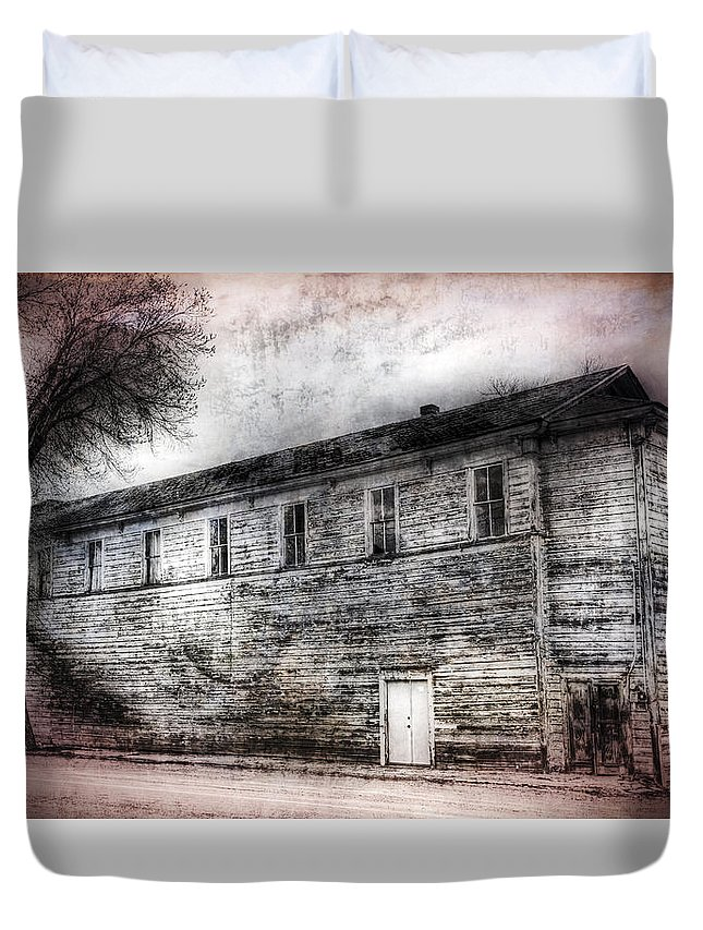 Standish Duvet Cover featuring the photograph Standish Hall by Dianne Phelps