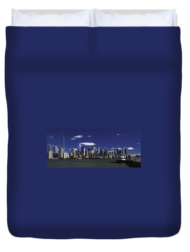 New York Skyline Duvet Cover featuring the photograph Statue Of Liberty Ferry 2 by Jatinkumar Thakkar