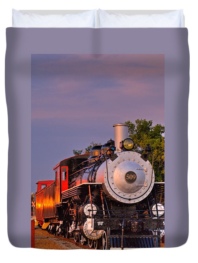 Steam Duvet Cover featuring the photograph Steam Engine Number 509 by Douglas Barnett