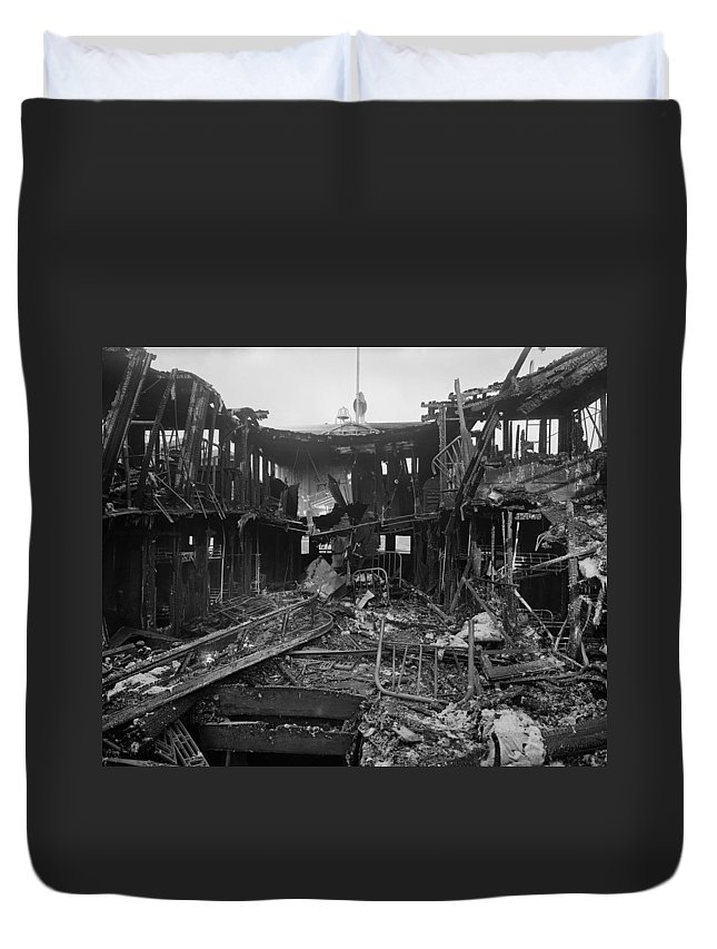 1910 Duvet Cover featuring the photograph Steamboat Fire, C1910 by Granger