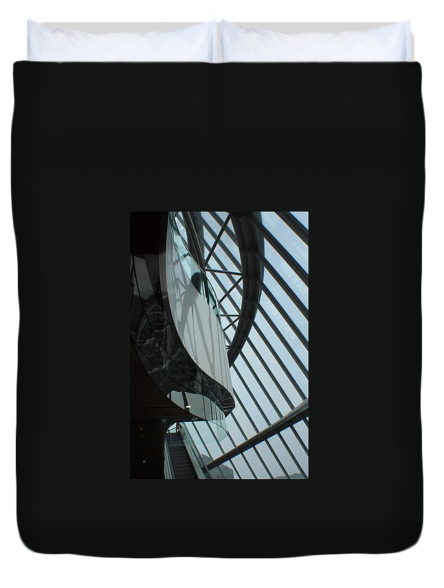 Glass Duvet Cover featuring the photograph Steel Ribs by Robert Phelan