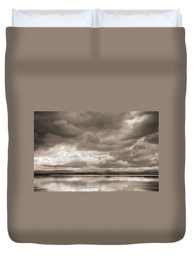 Vintage Duvet Cover featuring the photograph Stormy Lake Vintage by Guido Montanes Castillo
