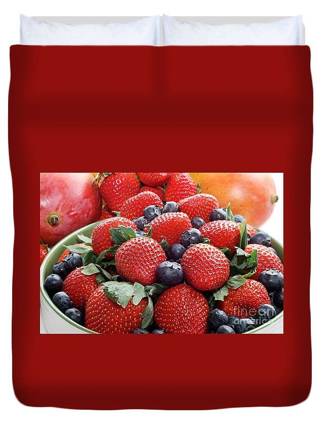 Strawberries Duvet Cover featuring the photograph Strawberries Blueberries Mangoes - Fruit - Heart Health by Andee Design