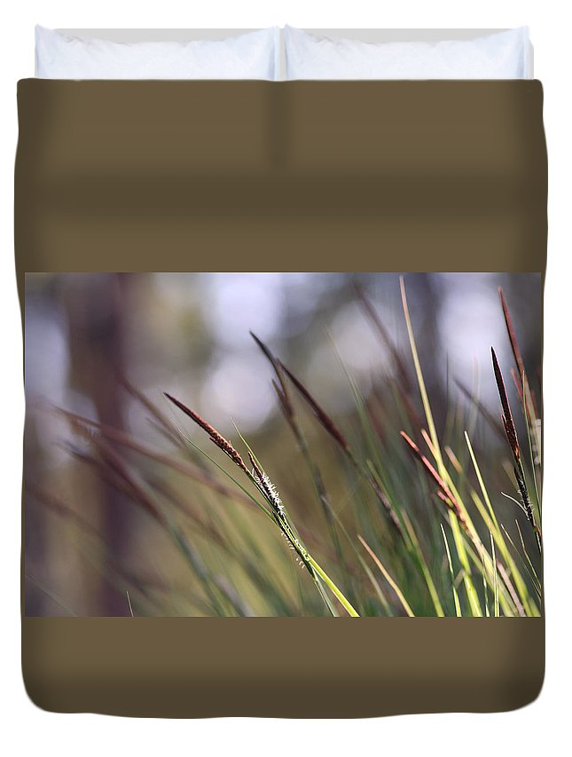Alvinge Duvet Cover featuring the photograph Straws In The Wind by Dreamland Media
