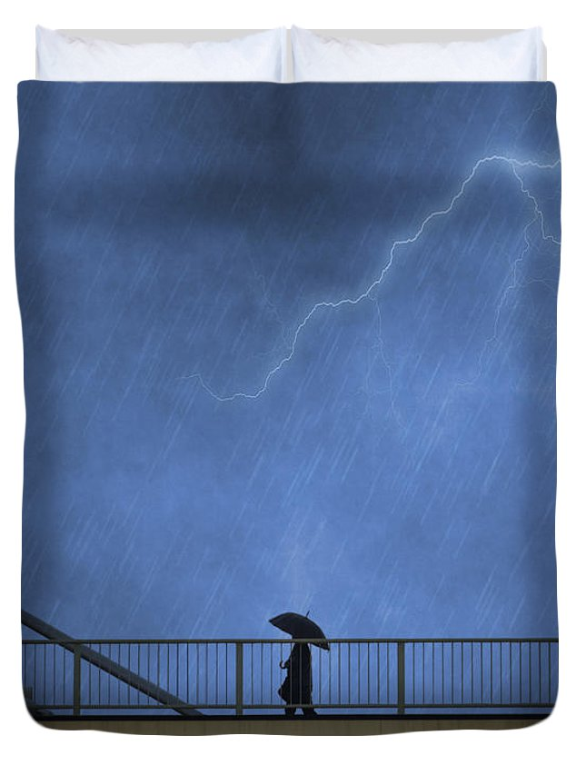 Bridge Duvet Cover featuring the photograph Strolling In The Rain by Juli Scalzi