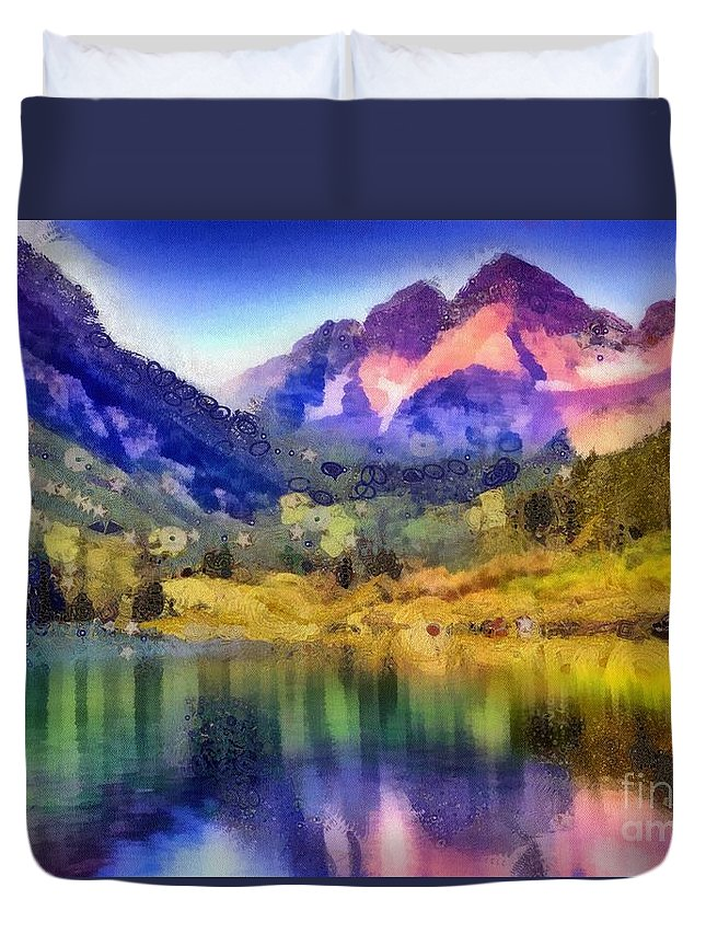 Stunning Reflections Duvet Cover featuring the painting Stunning Reflections by Catherine Lott