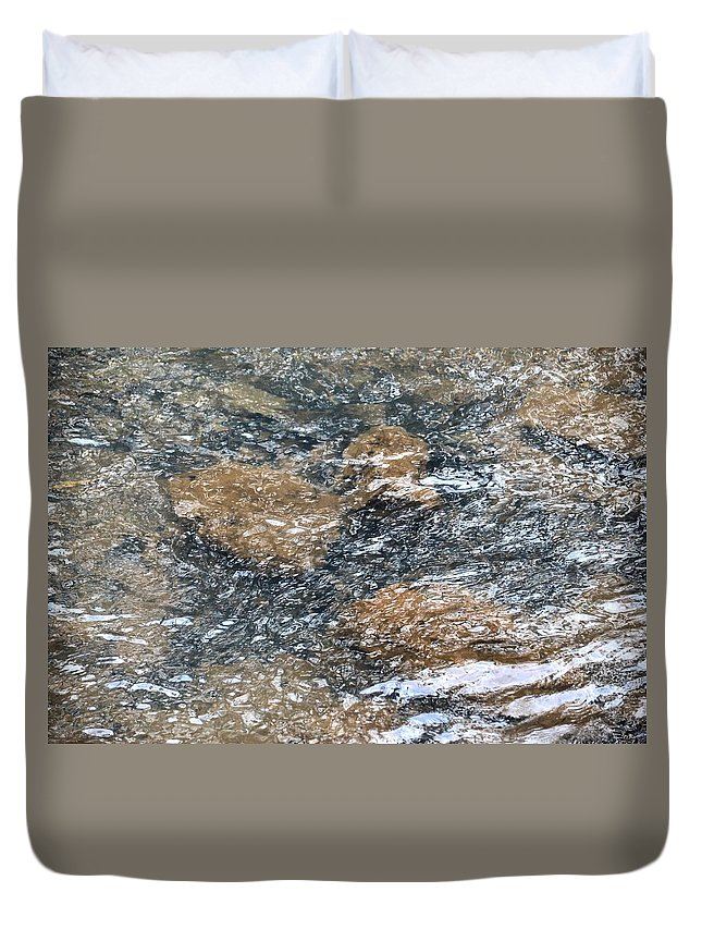 Submerged Stone Abstract Duvet Cover featuring the photograph Submerged Stone Abstract by Maria Urso