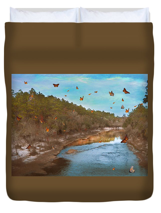 River Duvet Cover featuring the photograph Summer At The River by Judy Hall-Folde