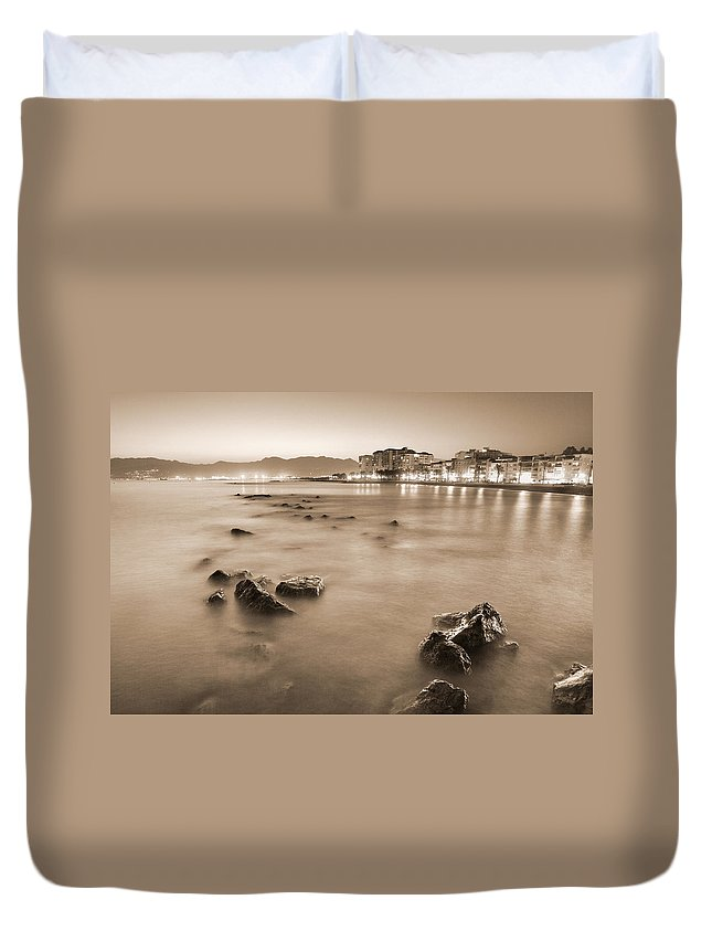 Black And White Duvet Cover featuring the photograph Summer Beach Vintage by Guido Montanes Castillo