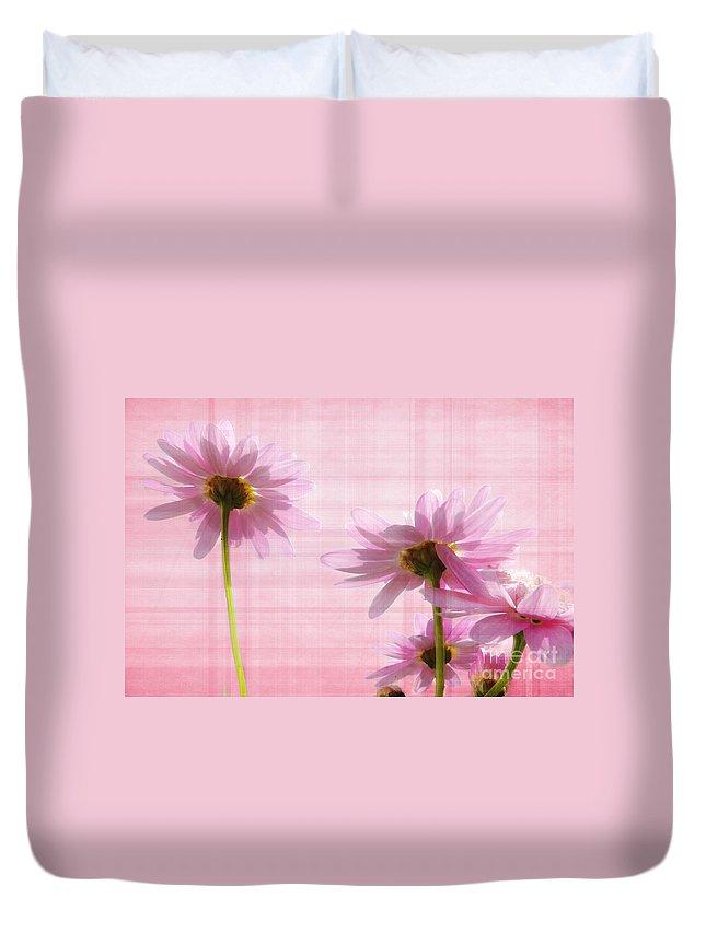 Peek-swint Duvet Cover featuring the photograph Summer Pinks by Susie Peek
