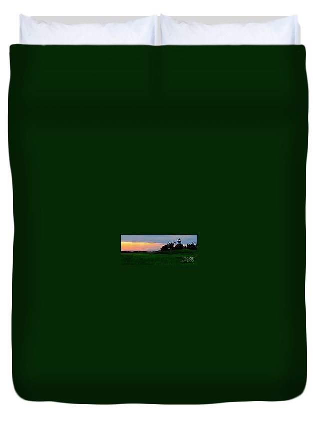 East Point Lighthouse Duvet Cover featuring the photograph Summer Sunset At East Point Light by Nancy Patterson
