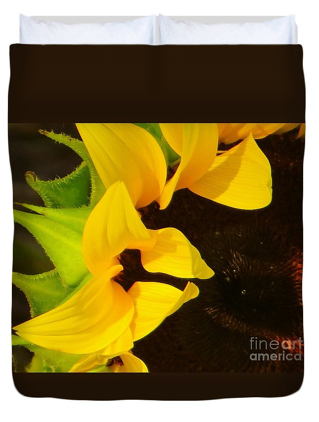 Sunflowers Duvet Cover featuring the photograph Sun Worshipper by Joy Hardee