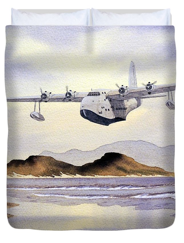 Aircraft Paintings Duvet Cover featuring the painting Sunderland Over Scotland by Bill Holkham