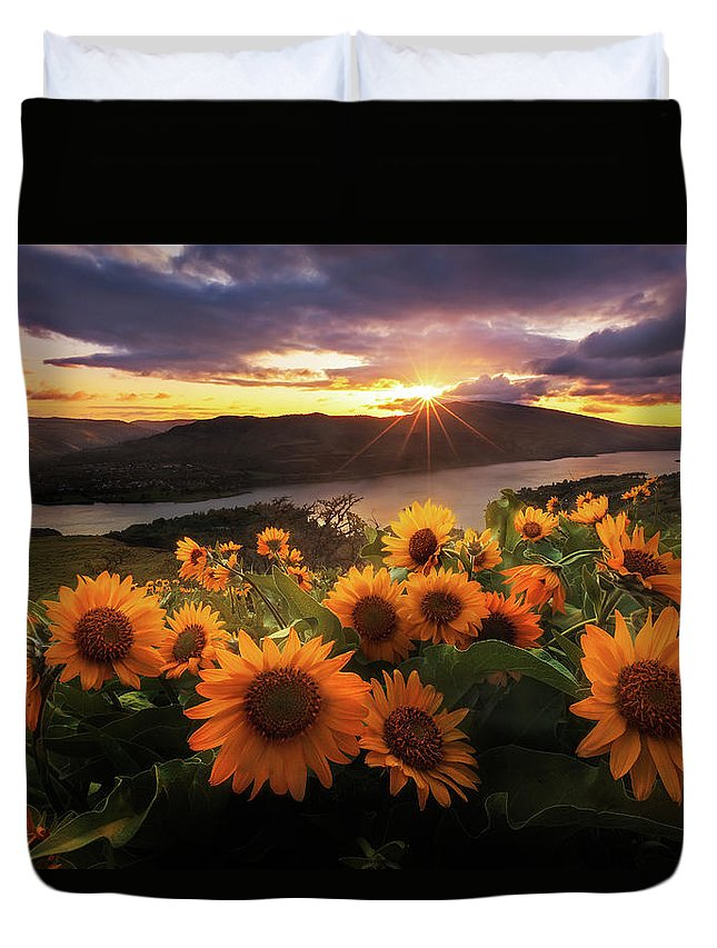 Outdoors Duvet Cover featuring the photograph Sunflower Field by Jeremy Cram Photography