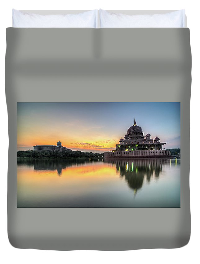 Tranquility Duvet Cover featuring the photograph Sunrise | Masjid Putra, Putrajaya | Hdr by Mohamad Zaidi Photography
