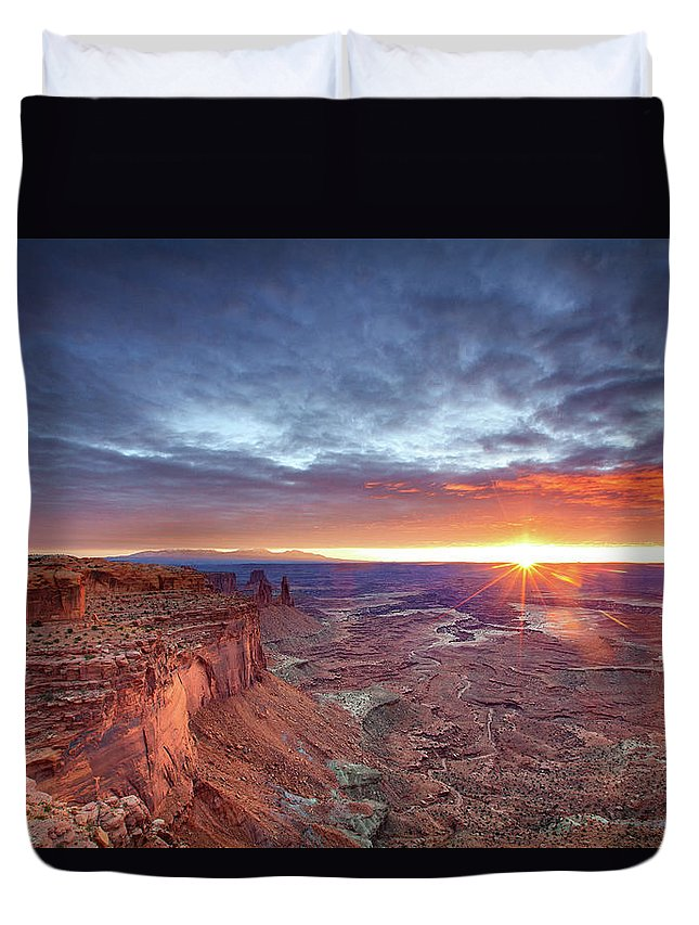 Tranquility Duvet Cover featuring the photograph Sunrise At Canyonlands by Hansrico Photography