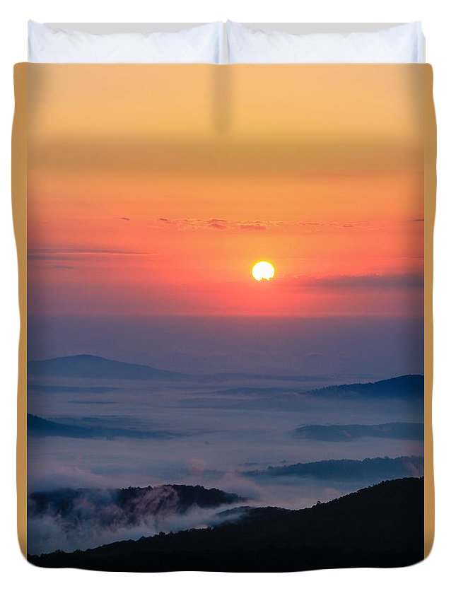 Shenandoah Valley Duvet Cover featuring the photograph Sunrise Fog by Kaye Seaboch