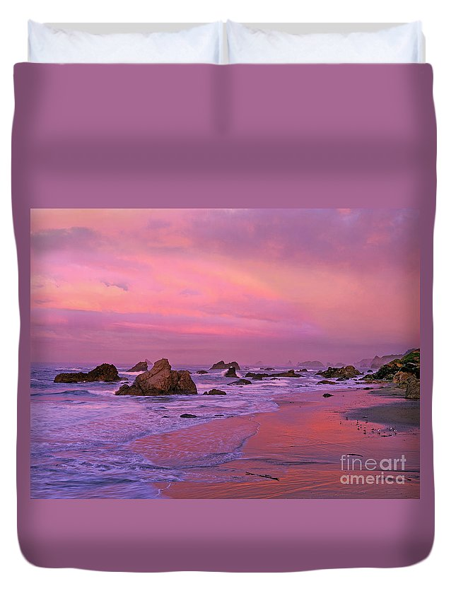 Oregon Duvet Cover featuring the photograph Sunrise On Sea Stacks Harris Sb Oregon by Dave Welling