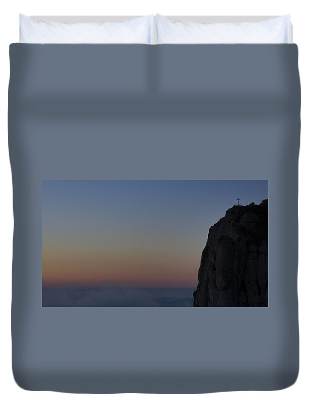 Beauty In Nature Duvet Cover featuring the photograph Sunrise Over Barcelona by Brian Kamprath