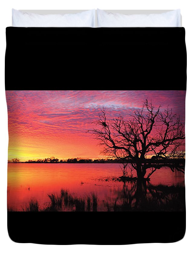 Panorama Duvet Cover featuring the photograph Sunrise Over Coongee Lakes by Paul Whitehead