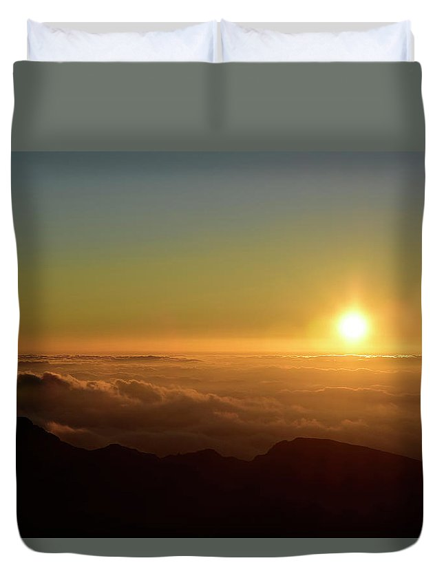Horizontal Duvet Cover featuring the photograph Sunrise Over Haleakala Crater In Maui by Stocktrek Images