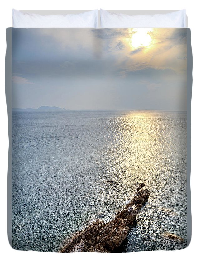 Scenics Duvet Cover featuring the photograph Sunrise Over The Coast Of Shenzhen by Feng Wei Photography