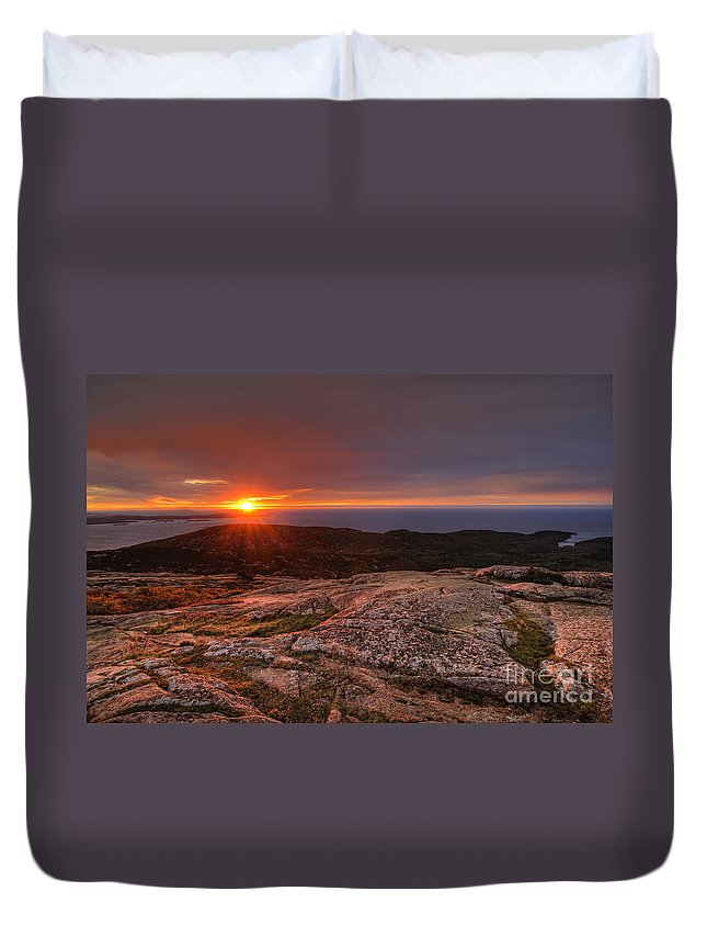 Acadia National Park Duvet Cover featuring the photograph Sunrise View From Cadillac Mountain by Oscar Gutierrez