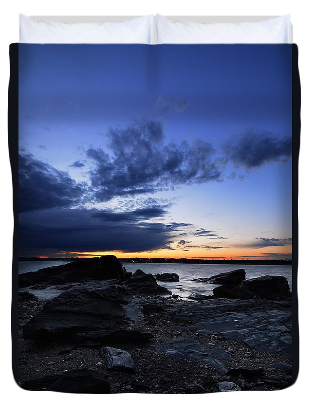 Fort Getty Park Duvet Cover featuring the photograph Sunset At Fort Getty by Lourry Legarde