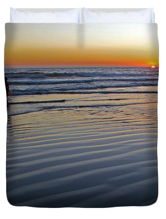 Ocean Duvet Cover featuring the photograph Sunset At The Beach by Kelly Holm