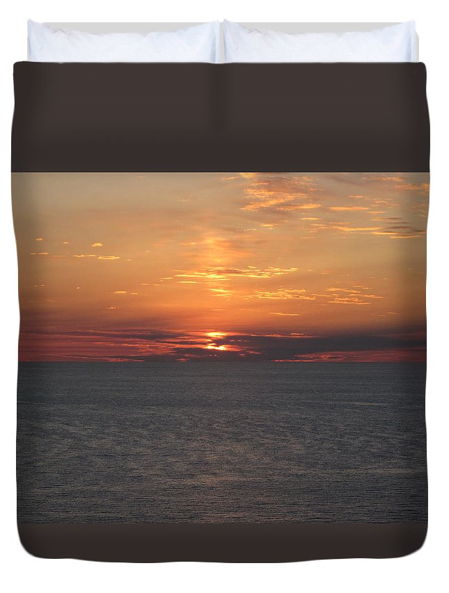 Landscape Duvet Cover featuring the photograph Sunset At The Beach by Marian Palucci-Lonzetta