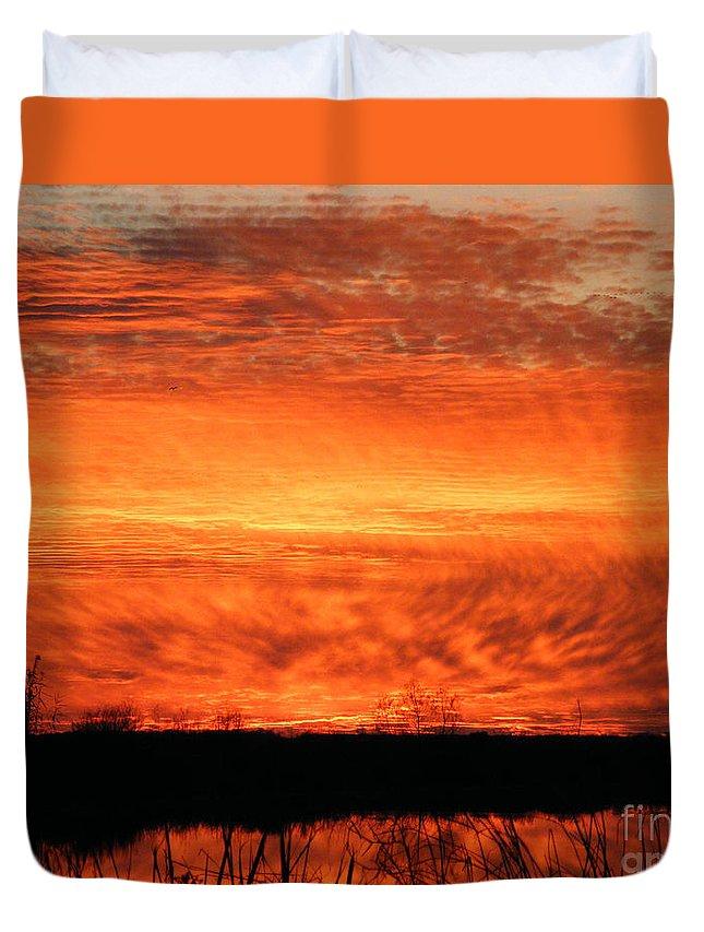 Sunset Duvet Cover featuring the photograph Sunset Detail by Lizi Beard-Ward