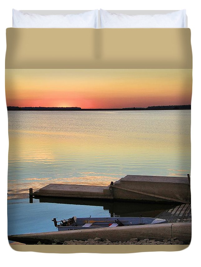 Sunset Fishing Duvet Cover featuring the photograph Sunset Fishing by Dan Sproul