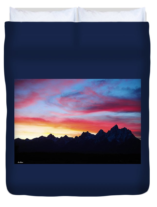 Grand Tetons Duvet Cover featuring the photograph Sunset From Hedrick Pond by Jim Moser