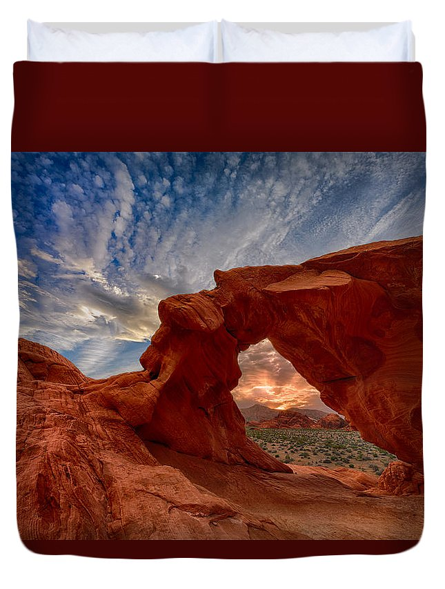 Arch Rock Duvet Cover featuring the photograph Sunset In The Valley Of Fire by Rick Berk