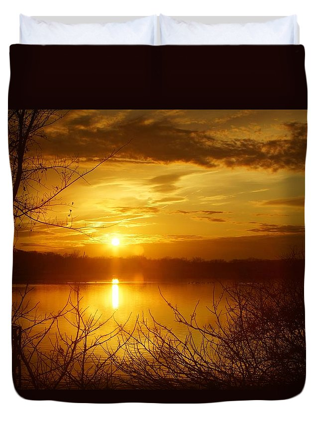 Matt Matekovic Duvet Cover featuring the photograph Sunset Lake Galena by Photographic Arts And Design Studio